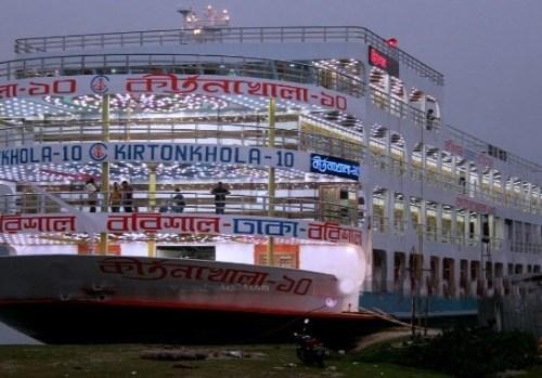 ঢাকা-বরিশাল নৌ-রুটে সর্বাধুনিক বিলাসবহুল কীর্তনখোলা-১০ লঞ্চের উদ্বোধন