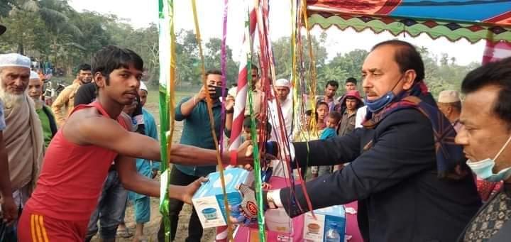 কিশোরগন্জের পাকুন্দিয়ায় অনুষ্ঠিত হলো ঐতিহ্যবাহী খেলা হাডুডু ও কলাগাছে উঠা