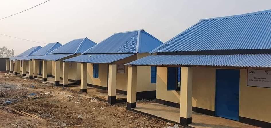 মুজিববর্ষে সাপাহারে ১২০ টি গৃহ পেল ভূমিহীন ও গৃহহীন পরিবার