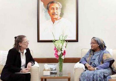 প্রধানমন্ত্রী শেখ হাসিনা বাংলাদেশে নিযুক্ত ফ্রান্সের রাষ্ট্রদূত মারি-এনিক বুর্দিনকে বলেছেন, মিয়ানমারকে অবশ্যই রোহিঙ্গাদের ফিরিয়ে নিতে হবে
